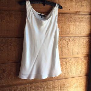 Lafayette 148 New York size 2 100% silk blouse